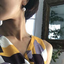 oval Perl earring