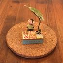 立体オブジェ作品「ちいさなお菓子やさん」緑の服