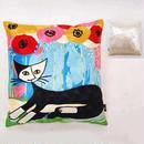 刺繍クッション ロジーナ「ポピーとネコ」 商品番号:is1087-rc-26