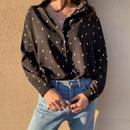 -dot pattern- black shirt
