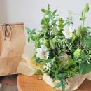 野の花屋 季節のフラワーアレンジメントとシバケンクッキーセット