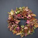 野の花屋  秋色キイチゴと野ばらのリース