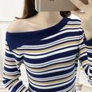 斜めデザインネックニットセーター