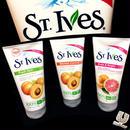 ST.Ives APRICOT SCRUB mini size-粒が細かい-