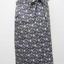 【ああ】リバーシブルラップスカート 黒バラ P17-1204