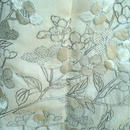 HOLD中・【袷】オフホワイト地 裾パープル暈し 花刺繍 附下
