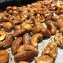 燻製のミックスナッツ