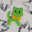 旧東ドイツ 猫バッジ 緑