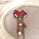 bijou brooch ⑥  red x multi chain