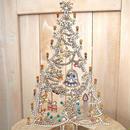 Christmas tree F