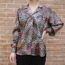 Open collar leopard shirt
