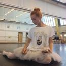 【再入荷・メーカー生産終了】Ballet Papier Loose Fit Style T-shirt 'Black Swan'