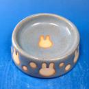 【R039】うさぎ水玉模様のうさぎ様用食器・Sサイズ(スカイブルー・白土・うさぎ印)
