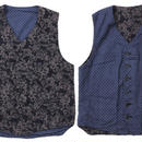 "Engineered Garments(エンジニアード ガーメンツ)""REVERSIBLE VEST - FRORAL PRINT""NAVY"