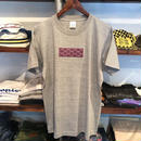 "AnotA ""GOX"" tee (Gray×Purple/RUGGED別注)"