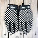ST line checker flag glove
