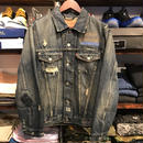 Levi's 501 damage denim jacket  (M)
