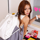 通学やお出かけに!レトロカラーの2wayバッグ