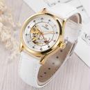ホワイト スケルトン 自動巻き 腕時計