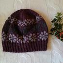 手編みのニット帽(ツイード、スノーモチーフ)
