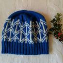 手編みのニット帽(blue &wiite )