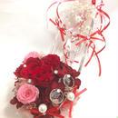 【ガラスの靴リングピロー/プリザーブドフラワー/赤い薔薇とリボンとパールのプリンセスの祝福/リボンラッピング付き】