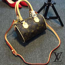 Louis Vuitton ルイヴィトン  ショルダーバッグ ハンドバッグ  NANO SPEEDYショルダーバック 高級品  M40398