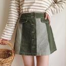 buttun design mini skirt