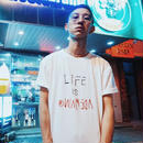ADMAIN life is Tシャツ