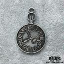 【2点セット】時計風ペンダント素材 金属製パーツ ダメージ風シルバー 商品番号T-0022
