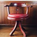 ポートスタイルの回転椅子 ~イタリア製 マホガニー×レザ―~