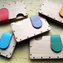 a card case メープル×パステルカラー  - 木と革の手作り名刺入れ -