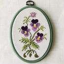 スウエーデン刺繍の壁飾り/ヴィオラのお花柄/Ångermanland/オンゲマランド地方