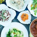 【8月4日(土)11時半開催】フランス惣菜と家庭料理|基本のトマトソースを使って作るプレ・オ・タン(鶏肉のトマト煮込みタイム風味)と砂肝コンフィとプラムのサラダ