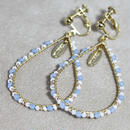 beads hoop earring(white×blue)