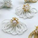 ビーズフリンジの耳飾り ホワイト