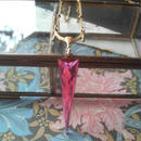 ヴィンテージ Triangle-Pink/Drape ネックレス