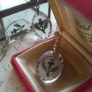 ヴィンテージ アザミのインタリオネックレス お色をお選び下さい(Gold、Silver、真鍮古美カラー)