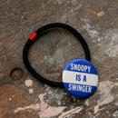 """Message Pin Hair Elastic """"Snoopy Is A Swinger"""""""