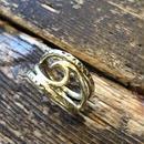 Wウェーブ リング ネイティヴ スタンプ リング 真鍮
