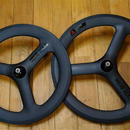 Kitt design 406 Carbon Tri-spoke Wheel set / Black Logo