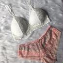 white ×  pink set