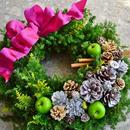 杉とヒバのクリスマスリース 「ビビッドピンク」