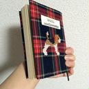 ビーグル刺繍ブックカバー赤タータンチェック