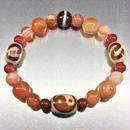 陰陽太極天珠と招財天珠とサードオニクスと赤瑪瑙のブレスレット