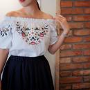 デコルテ美人刺繍ブラウス【ホワイト】
