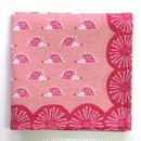ninokumo はりねずみとまち針ハンカチ ピンク