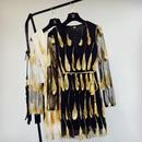 SALE# ブラック ハネ刺繍 シースルんベルト付きガウンブラウス