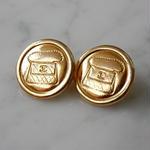 ヴィンテージ CHANEL シャネル ココマーク 17mm マトラッセBAG柄 ゴールドボタン イヤリングパーツのおまけ付(c-129)