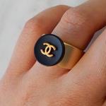 ヴィンテージ CHANEL シャネル ボタン ココマーク 14mm ネイビー×ゴールドボタン 指輪 #12号 オリジナルリングのおまけ付(c-145)